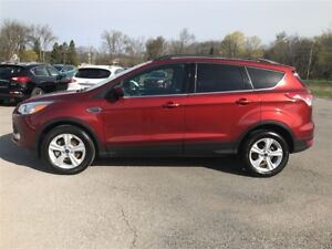2015 Ford Escape SE - LOADED - LEATHER
