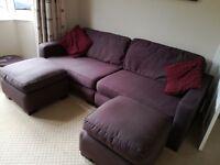 Stylish 4seater settee+2 foot-stools