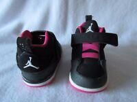 Brand new infants Nike air Jordan trainers