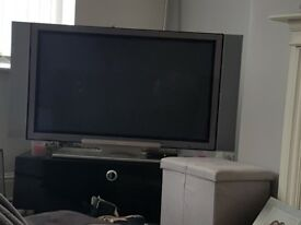 "42"" Hitachi tv. Perfectly fine quite an old tv. Selling due to getting a newer one."