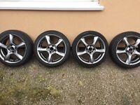 16' alloys with good Pirelli pzero tyres!!