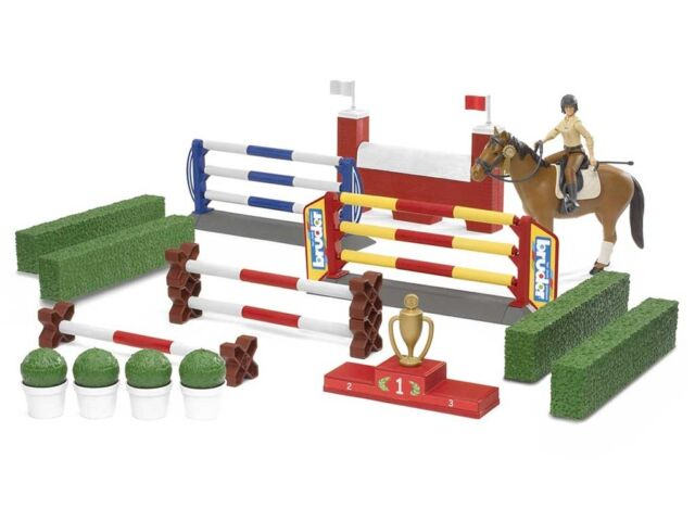 New Bruder Toys Bworld Jumping Course with Rider and Horse Bruder 62530