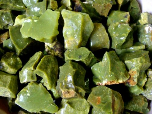 APPLE GREEN OPAL - 2000 Carat Lots - Rough Lapidary Rocks