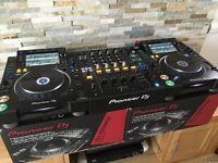Pioneer CDJ 2000 NXS2 Nexus 2 Professional DJ Decks + DJM 900 NXS 2 DJ SETUP DJ Equipment
