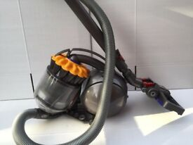 Dyson DC28C Cylinder Ball vacuum cleaner