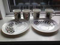 Four Playing Card COFFEE MUGS/ TEA CUPS & Two Plates,