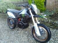 MONSTER--ENERGY Adrenalin pulse 125 supermoto