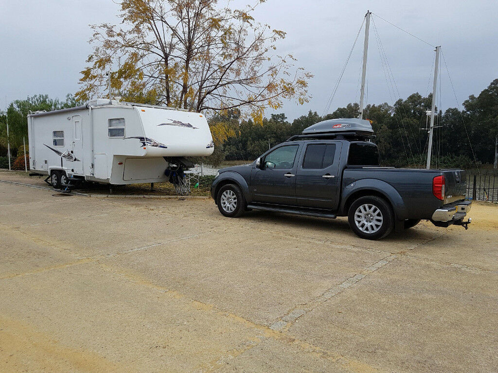 American 5th Wheel Caravan Package Including Nissan Navara V6 Tow Fuse Box Vehicle