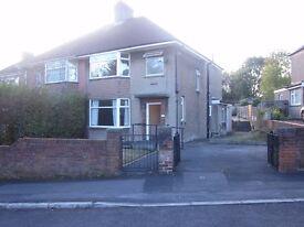 3 Bedroom Semi Detached House in Lammack Blackburn Lancashire £650pm