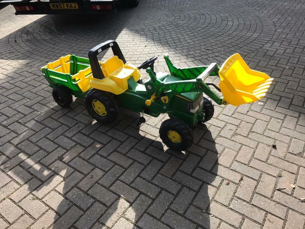 Child's pedal tractor like brand new
