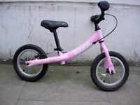 Ridgeback Scoot Beginners Balance Bike in Pink For 2 to 4 year olds JUST SERVICED / CHEAP PRICE!!