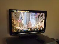 "26"" TV HDMI VERY GOOD CONDITION"