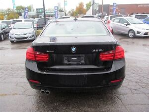 2013 BMW 328 i xDrive | LEATHER | ONE OWNER London Ontario image 6