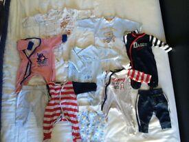 Baby clothes bundle 1-3m -- 14 pcs -- great condition