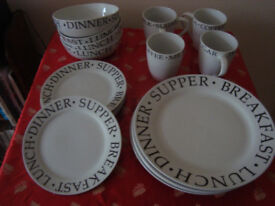 Crockery 4 place setting