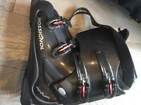 Ski Boots for men (Rossignol 9UK size)
