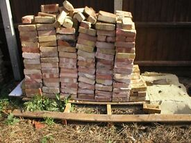 500 reclaimed vistorian bricks