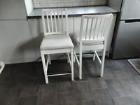 bar/ kitchen stools