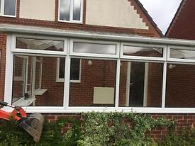 Conservatory FREE to collect asap