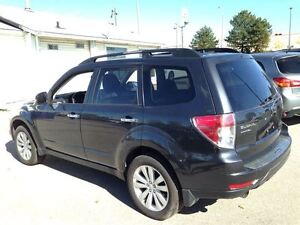 2012 Subaru Forester | NAVIGATION| LEATHER| SUNROOF| 60,119KMS Cambridge Kitchener Area image 4