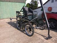 Horse exercise vehicle/cart/carriage, Dutch made, excellent used condition, new tyres