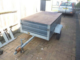 galvanized trailer 5x3. Unusual through loading removable ends.