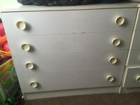 Two matching chest of Drawers in white