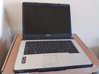 Toshiba 15 Inch laptop, Athlon X2 1.9Ghz, 500GB, Radeon X1250, 9 Cell Battery, Windows 7, Office