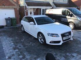 Audi A4 avant s line white