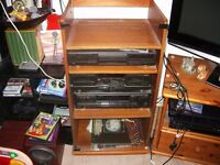 TECHNICS CD PLAYER + TWIN TAPE PLAYER AND AMP IN OAK CASE WITH REMOTE, MANUALS AND BROCHURES