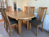 Light Oak Dining Table & 6 Chairs - Skovby