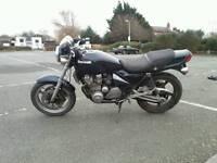 Kawasaki zephyr 550 retro