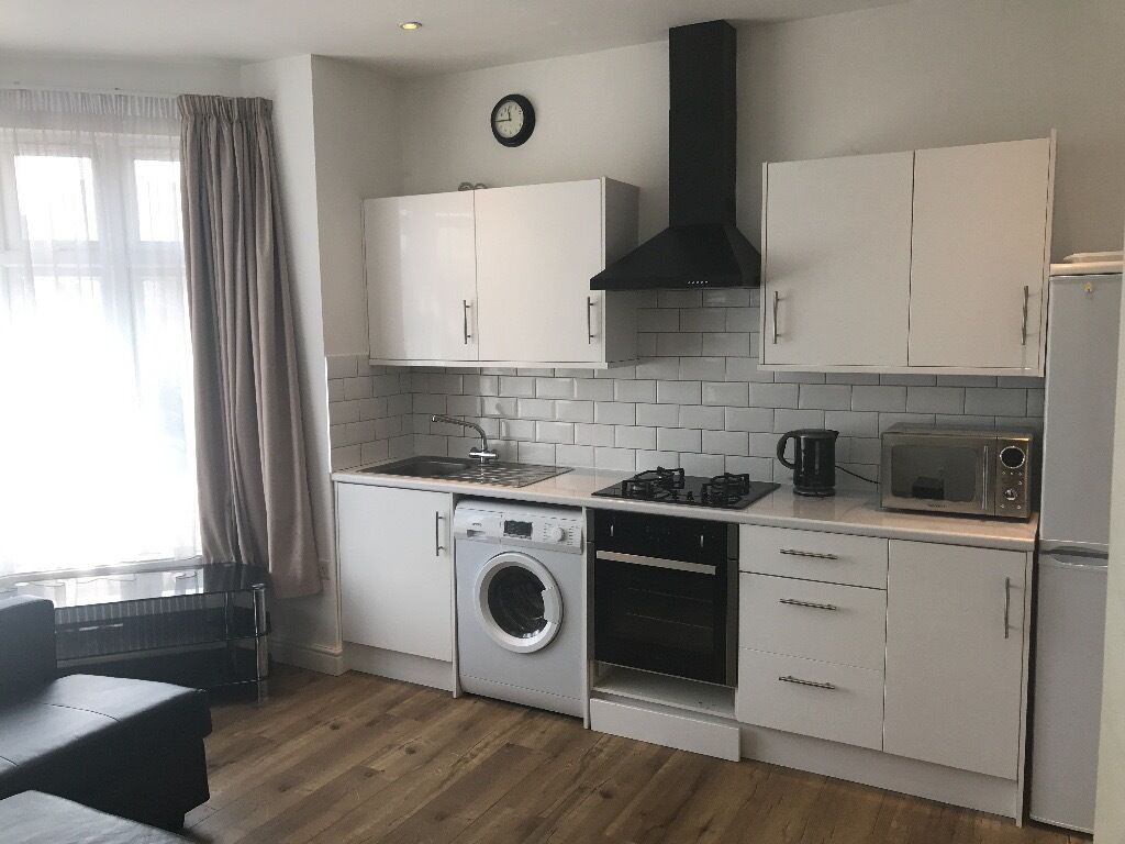 Newly Refurbished Studio Flat located in Harrow **ALL BILLS INCLUDED**