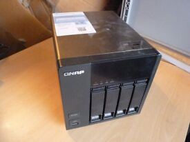 QNAP TS-420 TURBO NAS 4 BAY NETWORK ATTACHED STORAGE SERVER