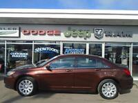 2012 Chrysler 200 LX LOW, LOW KM