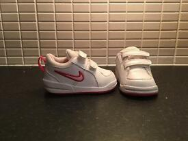 Girls infant size 3.5 Nike trainers worn once.
