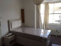 BEDSIT TO LET AT CENTRAL BRIGHTON - p288
