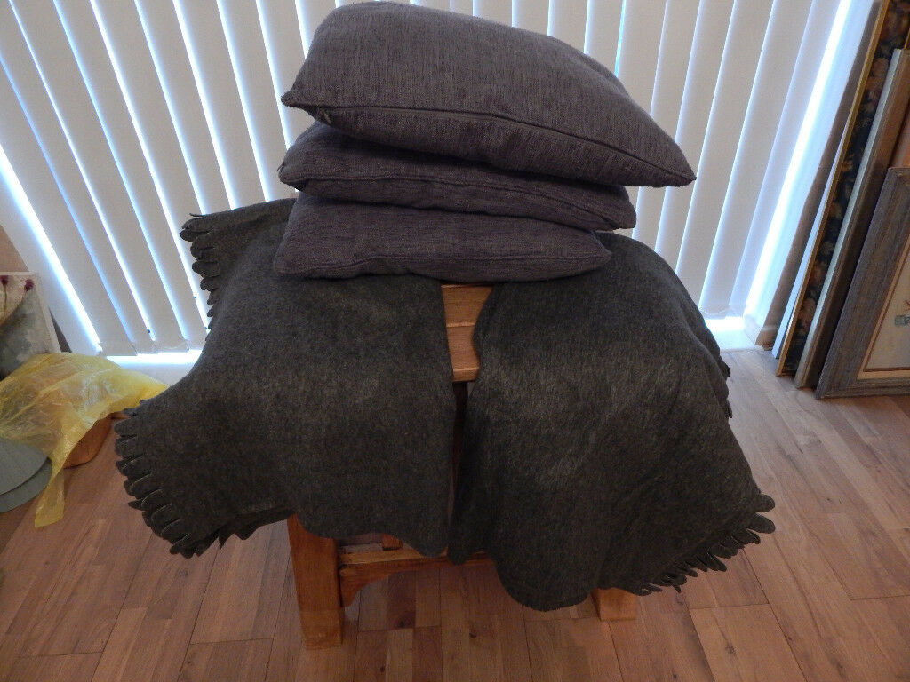Cushions x 3 and Throws x 2 Grey