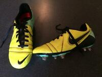 Nike football boots. Size U.K. 4