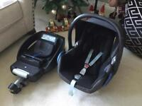 Maxi-cosi Car Seat and ISOFIX Base - Great Condition