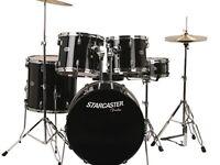 Fender full drum kit starcaster