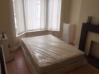 Double room, Kensington, Bills included