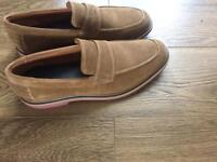 BRAND NEW Tan suede jones loafers