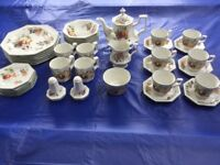 """Large collection of unused Johnson Brothers """"fresh fruit"""" dinner / tea service items"""