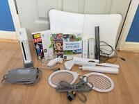 Nintendo Wii fit excellent condition games 2 controllers