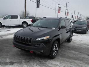 2014 Jeep Cherokee Trailhawk | Loaded | Leather | Rem. Start