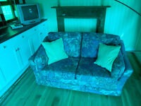 ####### SPRUNG BED SETTEE #######
