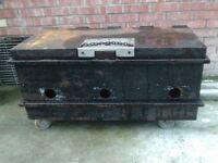 heavy tool chest /strong box 1 m x 50 cm x 50 cm