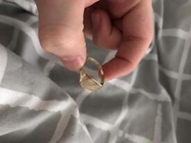 9ct love gold Men's Signet Ring