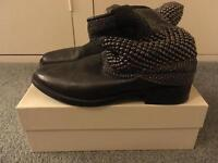 Russell & Bromley Boots Size 7 (38.5) Chain Mail Gaucho